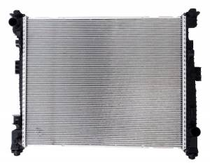 Crown Automotive | Radiator for 2016+ WK Grand Cherokee w/ 3.6L Engine w/o Heavy Duty Cooling and 2016+ WD Durango w/ 3.6L Engine w/o Heavy Duty Cooling  Aluminum Core w/ Plastic Tanks 1 Row | 68244867AA